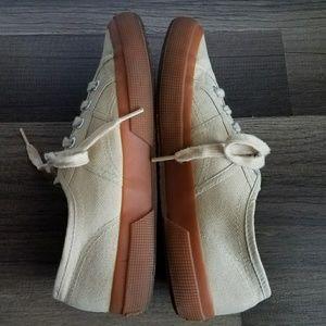 ab76838480fcd Superga Shoes | 2750 Classic Ivory Canvas W Gum Sole | Poshmark